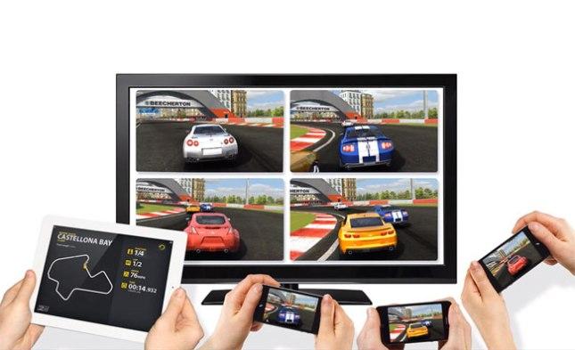 Real-Racing-2-HD-Wireless-Splitscreen-Multiplayer